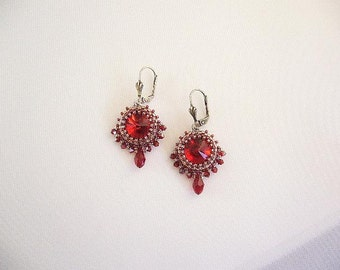 "Swarovski earrings ""Sari"" in Siam Red"
