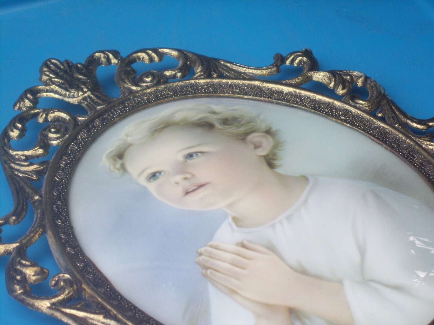 Vintage convex bubble glass ornate italian frame with praying girl sold by aprilmay72 jeuxipadfo Images