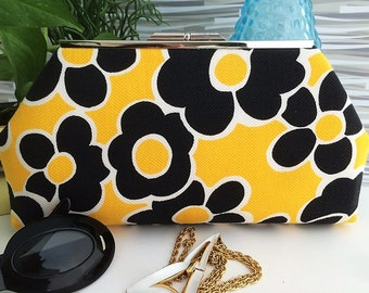 Clutch Mod Flowers Yellow White Black Pique Fabric