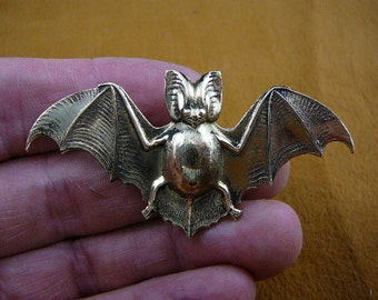 little baby vampire Bat love flying wings winged lucky night bats Victorian repro brass pin pendant B-Bat-1