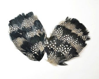Large Guinea and Goose Feather Pad - Black and White (1pc)