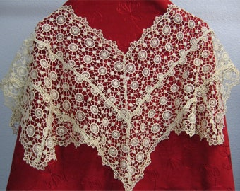 Antique Lace Collar, Vintage Tatting, Cream Tatted Collar, Handmade Lace Collar, Victorian Scalloped Lace Collar,Vintage Lace Shoulder Wrap