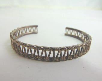 Estate Sterling Silver Cuff Bracelet 23.3g E3479