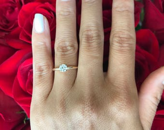 Diamond Solitaire Engagement Ring. 14k Yellow Gold. Round Brilliant Diamond Ring. Women's Engagement Ring. Gold and Diamond Engagement Ring.