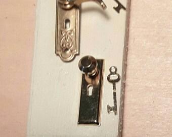 Door lock miniature