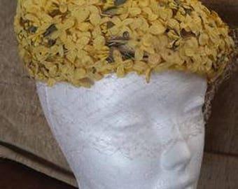 1930s-40s yellow hat