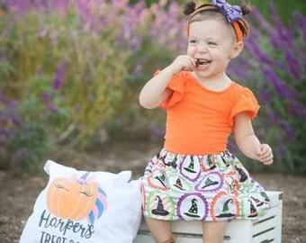 halloween treat or trick bag, halloween treat bag, skull treat bag, boy trick or treat bag, halloween trick or treat sack, halloween sack
