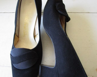 Vintage NATURALIZER Black Womens Pumps - Size 8 1/2 US - Low Shoes Heels - Mad Men - 1960's