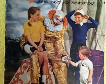 1946 Spinnerin Yarn Co, Knitting Pattern Book, Hand Knit for Youngsters and Children