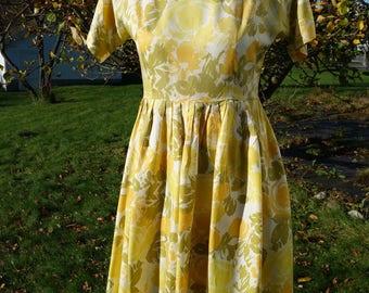 Vintage dress, 1950s style