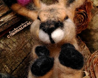 Needle Felted Wool Bunny. Animal needle felted. Needle Felted Rabbit. Needle Felt Forest Animal, Waldorf, Montessori Toy. Animal Sculpture.