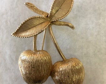 Sarah Coventry Cherries Gold Pin True Vintage 1970s Brooch