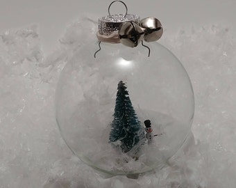 Snowman Snow Globe Ornament (Personalize)