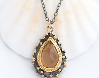Yellow Chalcedony Necklace, Labradorite Rosary Chain, Black and Gold, Toggle Clasp, Natural Chalcedony, Teardrop Pendant, Summer Jewelry