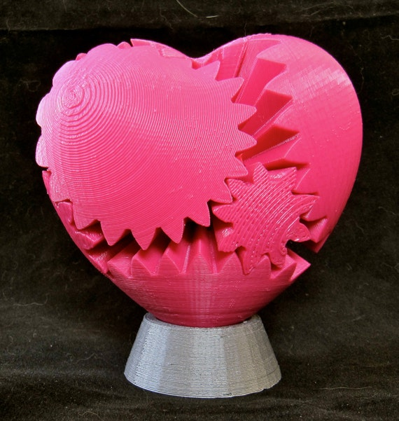 Valentine\'s Day Geek Love 3D Printed Mechanical Gear Heart