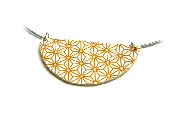 Necklace yellow curry Asanoha leather geometric Japanese stars, cable wire Choker