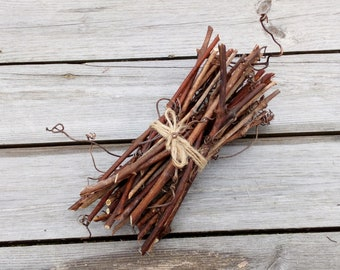 Grapevine Craft Sticks, Natural Twigs Branch, Simple Rustic Decorations, Wooden, Floral Twigs Supplies, 30 pcs