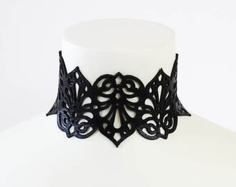 """Leather Choker Necklace - """"Teardrops"""" in Black or White"""