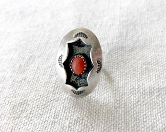 Vintage Sterling Silver + Coral Ring Size 6.25