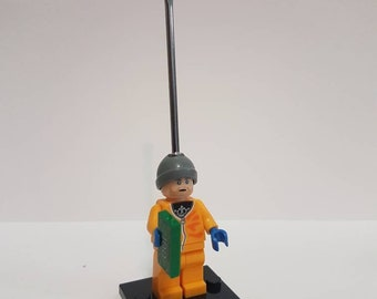 Mini Figure w/ Scoop - Jesse Breaking Bad