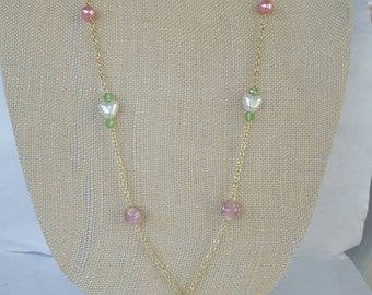 Gold / Flower pendant necklace and earrings