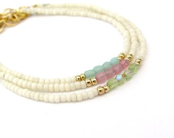 Friendship Bracelet, Cream White Bracelet, Pastel Bracelet, Summer Jewelry, Seed Bead Bracelet, Bridesmaid Gift, Yoga Zen, Minimal Wedding