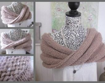 Handknit Moebius Wrap, Handknitted Cowl Scarf, Neck Warmer, Soft pink cream Acrylic, Sequins, Winter Fashion, One Sizee,