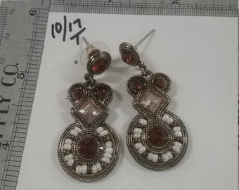 Vintage  used brass tone post dangle earrings  with pearls