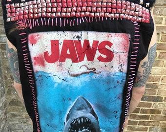 Jaws Vest