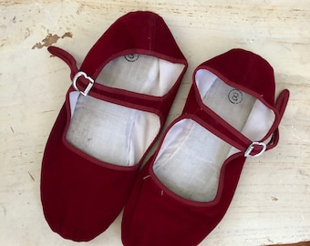 vintage red velvet china flats mary janes 8