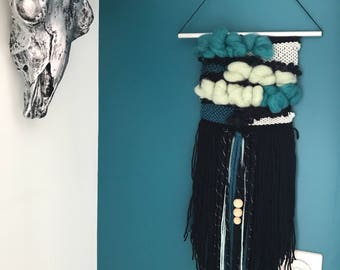 Weaving wall in mint, Teal and black stock