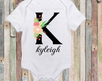Personalized coming home bodysuit for baby girl. Baby shower gift. Coming home outfit.