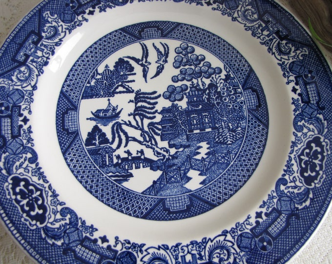Blue Willow Dinner Plates Royal China Set of Five (5) Vintage Dinnerware and Replacements Chinoiserie