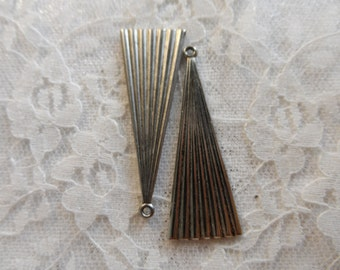 "Vintage silver or raw brass solid gowns,1&1/2"",2pcs-KC33"