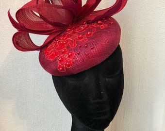 Red poppy vine burgundy large pillbox beret hat 3d bow lace feathers ascot fascinator