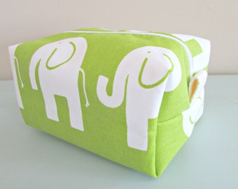 Elephant Make up Bag  -  Green Makeup Bag - Waterproof Cosmetic Bag