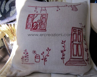 Pillow in ecru linen, embroidered by hand.