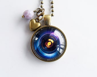 Camera Lens Necklace - Camera Lens Jewelry - Gift For Photographer - Camera Pendant - Photog Necklace - Photography Necklace - Glass Pendant