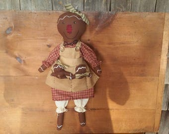 Primitive Gingerbread Mom With Two Babies