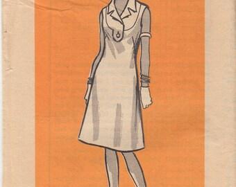"60s Dress Pattern Slim Fitting Slightly Flared Front Yoke Interest Vintage Sewing Pattern UNCUT Size 12 Bust 34"" (87 cm) Mail Order 9423 S"