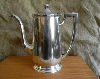 Vintage teapot Tea Pot International Silver Soldered 48 OZ