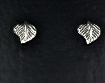 Natural Design Sterling Silver Leaf Shaped Stud Earrings