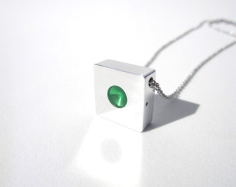 Minimalist Pendant Necklace – Contemporary Jewelry