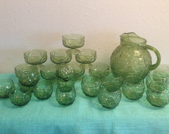Anchor hocking Milano Lido Green Crinkle Glass 24 pieces