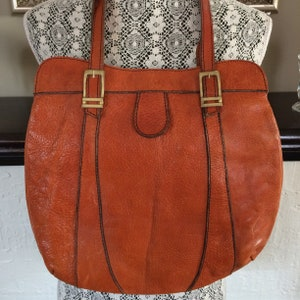 Leather Purse / 1960's / hobo / tote / cognac leather / stitching / boho / Woodstock / hippie / flower power