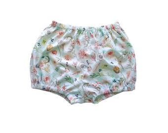 Baby Floral Shorts, Girls Floral shorts, Boho Baby Bloomers, Baby Shorts, Girls Shorts, Boho Baby Shorts, Baby Spring Outfit, Toddler Floral