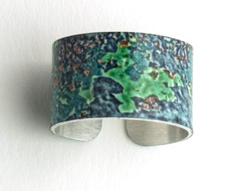 Black and Green Weathered Metal Photograph Adjustable Aluminum Ring