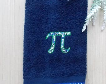 Blueberry Pi Symbol Hand Towel ~ Pi Bath Decor ~ Math Lover Towel ~ Pi Day Decor ~ Math Bath Decor ~ Funny Bath Decor ~ Nerd Dorm Decor