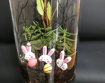 Easter Three Bunnies Terrarium