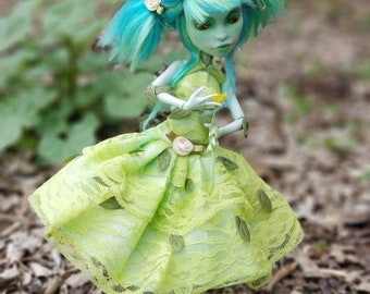 Verti the Garden Goblin (Monster High OOAK repaint)